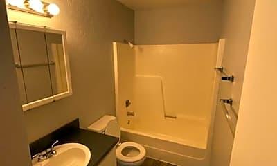 Bathroom, 2819 N Honeysuckle Dr, 2