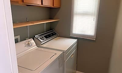 Kitchen, 4015 S Willow St, 2