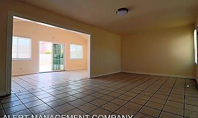 Living Room, 1225 W Cedar St, 0