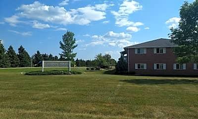 Lakeview Estates Apartments, 1