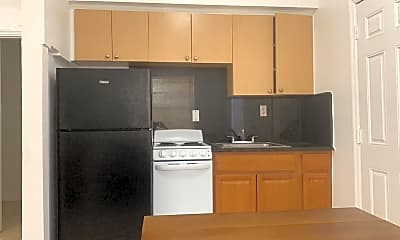 Kitchen, 545 michigan ave, 0