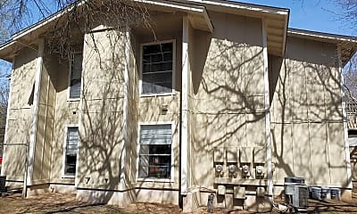 Building, 10811 Lanshire Dr, 2