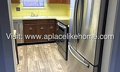Kitchen, 6276 E 129th St, 1