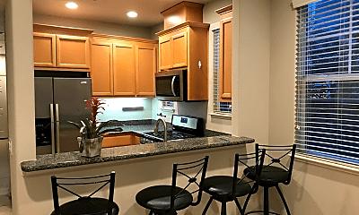 Kitchen, 646 Acacia Ln, 1