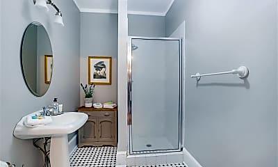 Bathroom, 412 E Gaston St, 2