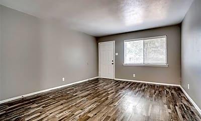 Living Room, 325 E Phillips St 14, 0
