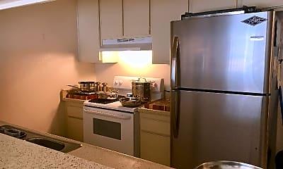 Kitchen, 3415 Linden Ave, 1