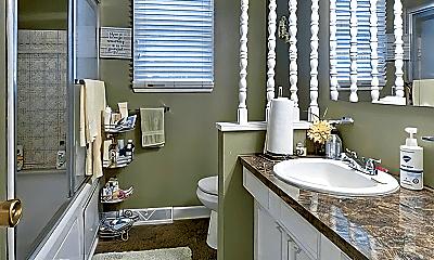 Bathroom, 5415 N 57th Ave, 2