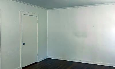 Bedroom, 560 S 7th St, 2