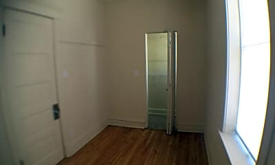 Kitchen, 837 W 33rd Pl, 2