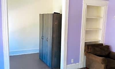 Bedroom, 472 1st St, 2