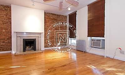 Living Room, 407 Atlantic Ave, 2