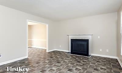 Living Room, 7 Pineway Ct, 1