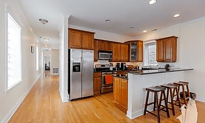 Kitchen, 1527 N Mohawk St, 1