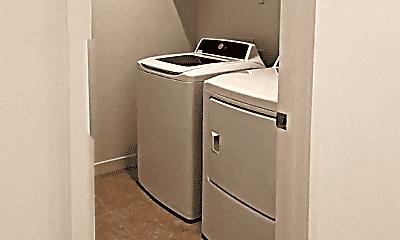 Bathroom, 5913 S Arizona Pl, 2