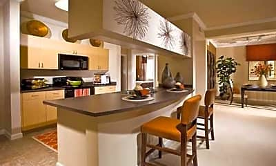 Kitchen, Lunaire, 2