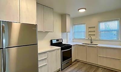 Kitchen, 1336 Franklin St E, 1