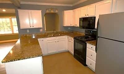Kitchen, 5409 Crestwood Blvd, 1