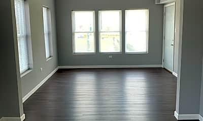 Living Room, 157 N Eastern Ave, 1