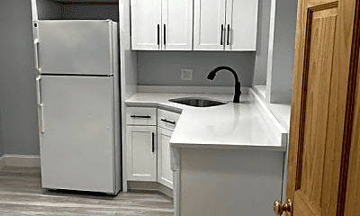 Kitchen, 1460 Commonwealth Avenue, 0
