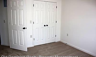 Bedroom, 1057 Wellington Dr, 2