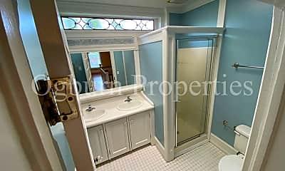 Bathroom, 158 Piedmont Ave, 2