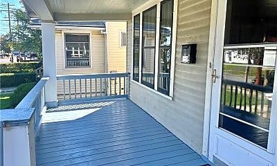 Patio / Deck, 609 E Amherst St, 1