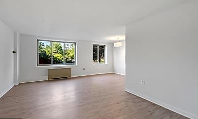 Living Room, 3000 Spout Run Pkwy A108, 1