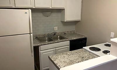 Kitchen, 114 NW College Ave, 0