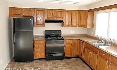 Kitchen, 10324 Richmond Ave, 1