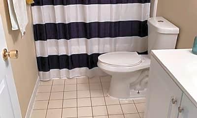 Bathroom, 4642 Golfview Blvd, 2