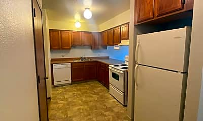 Kitchen, 1120 E Snow Hill Ave, 1