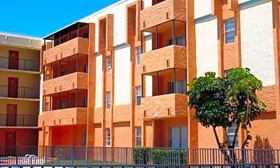 Oak Grove Apartments, 1