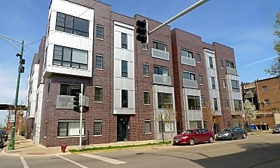 Building, 36 N Paulina St, 0