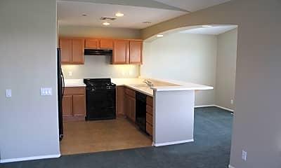 Kitchen, Willow Crest Apartment Homes, 2