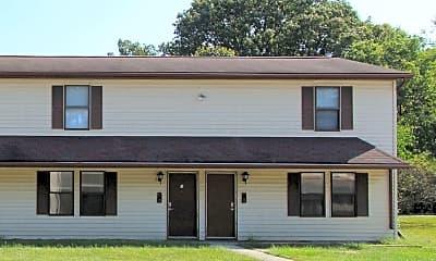 Building, 2213 East Memorial Drive, 2