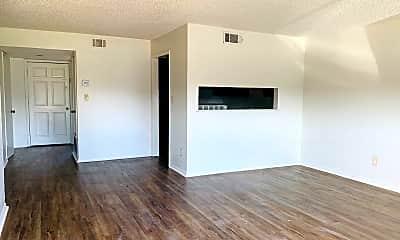 Living Room, 1516 Westfield Cir, 0