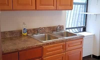 Kitchen, 1107 Lincoln Pl, 0