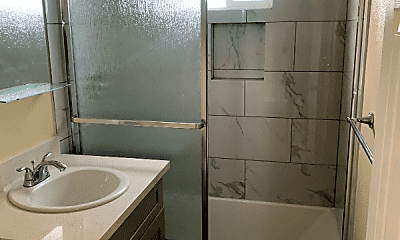 Bathroom, 5897 Imperial Ave, 0