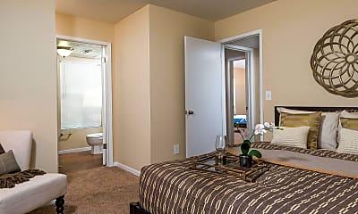 Bedroom, Fairways At Royal Oak, 2