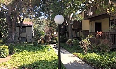 Shadow Creek Apartments, 0