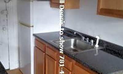 Kitchen, 217 Park Dr, 1