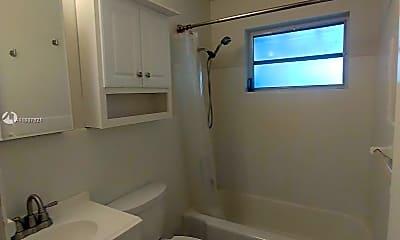 Bathroom, 2209 NE 11th Ave 2213, 2