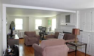 Living Room, 67 S Main St 21, 1