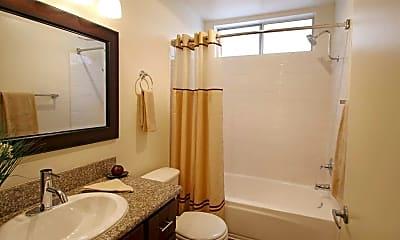 Bathroom, The Jessica Apts, 2