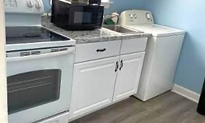 Kitchen, 208 N Harding Ave, 1