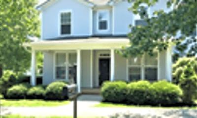 Building, 15701 Seafield Lane, 1
