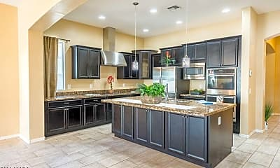 Kitchen, 5434 S Forest Ave, 1