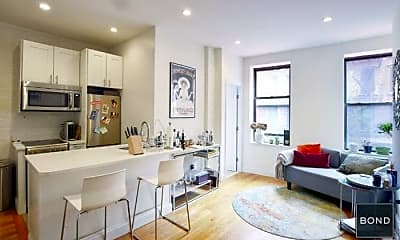 Living Room, 165 Mulberry St, 0