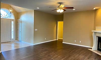 Living Room, 3118 Southpoint Dr, 1